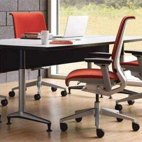 Silla Think de Steelcase / Bash Interiorismo