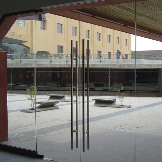 Puerta Templex Abatir / Glasstech