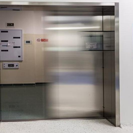 Puertas Hospital / Glasstech