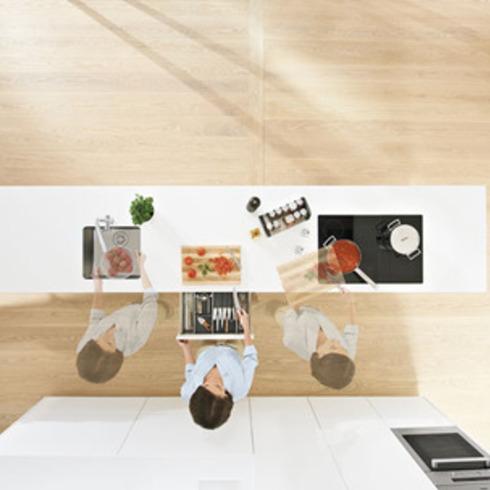 Cocinas Dynamic Space / Hbt