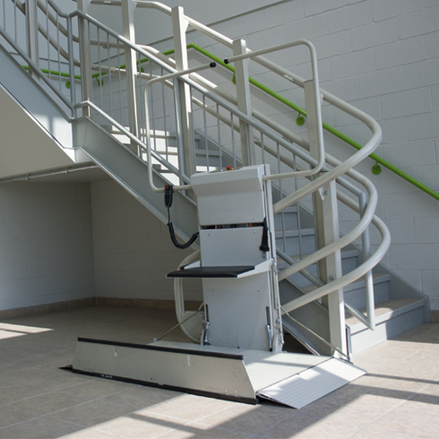 Wheelchair Lift - Omega Inclined Platoform / Savaria