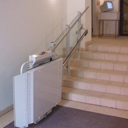 Home products inclined platform wheelchair lifts inclined - Wheelchair Lift Delta Inclined Platform From Savaria