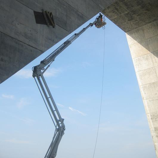 Falcon Spider Lift in Great Belt-Storebælt Bridge