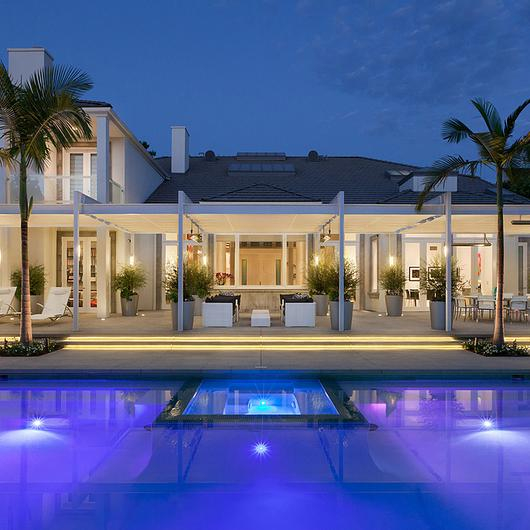 Retractable Canopies in Beverly Hills