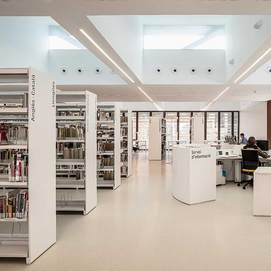 Rubber Flooring in Libraries