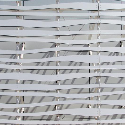 Revestimiento Exterior Trespa en el Mall Plaza Oeste Aires / Trespa