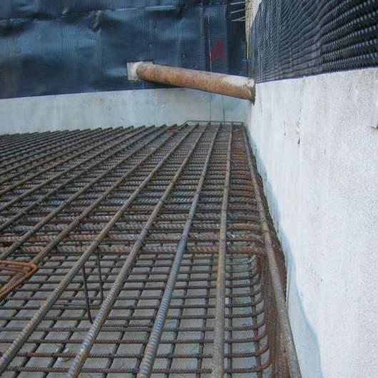 Impermeabilización de bentonita y de HDPE