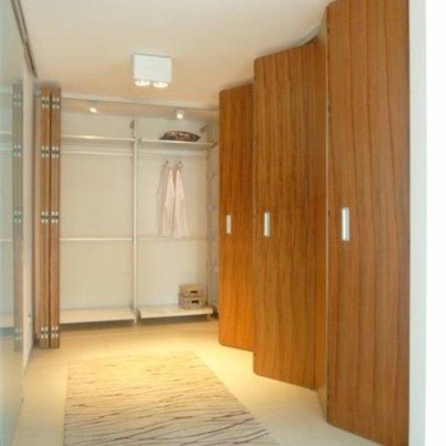 Puertas Plegables TAURO / Spatii