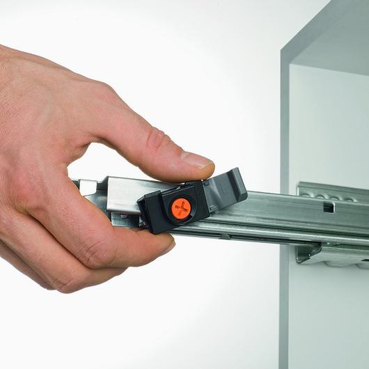 Cajones con Apertura Mecánica sin Tirador Tip-On