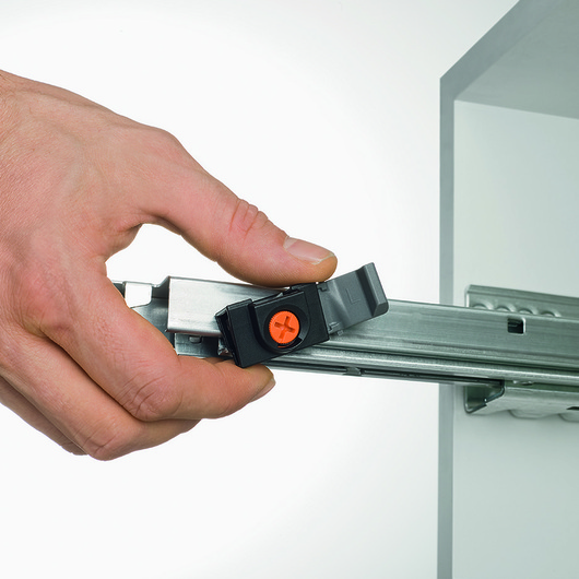 Cajones con Apertura Automatica Tip-On / Hbt