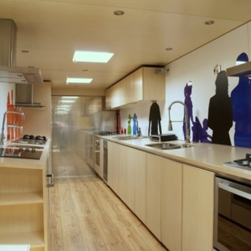Showroom de Cocina Mvil - Trailer 2011 / Kitchen Center