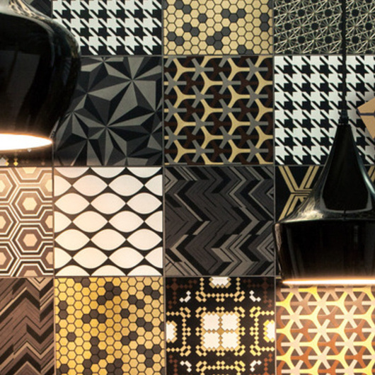 Azulejos Decortiles Patchwork Black de Eliane