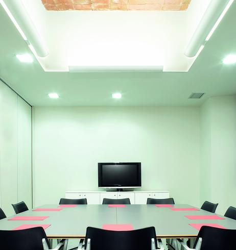 Luminarias flat de lamp lighting for Muebles rey terrassa