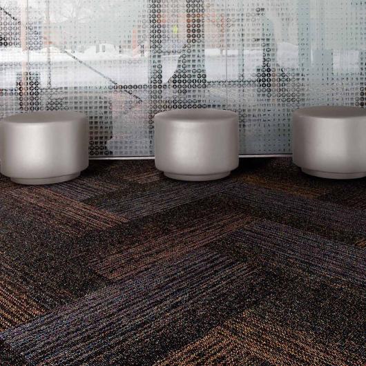 Carpetes Modulares Brickwork & Solidarity