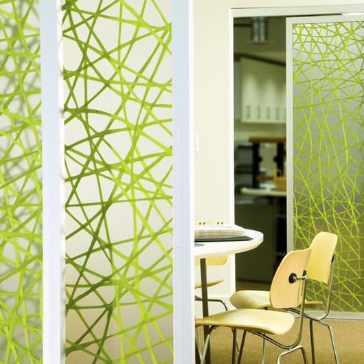 Paneles de Resina con Elementos Encapsulados 3Form / Integral Design