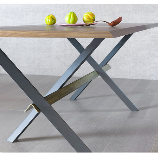 Mesa Perch Miniforms de Skrivo Design