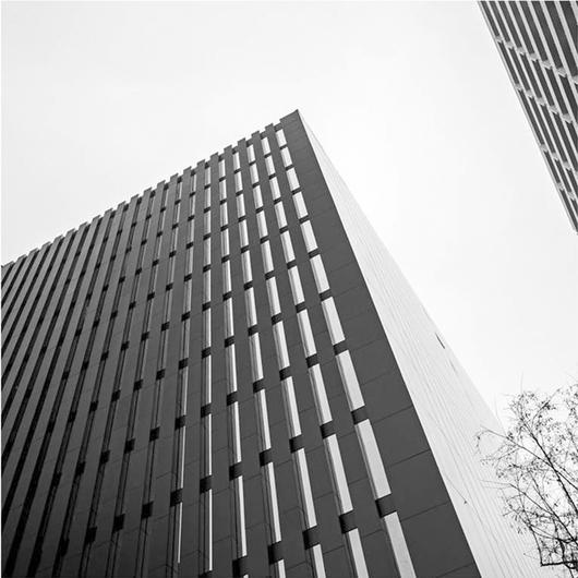 Revestimiento Trespa Meteon en Edificio Nueva Mackenna