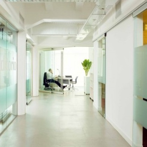 Aplicaciones para Edificios Corporativos / Spatii