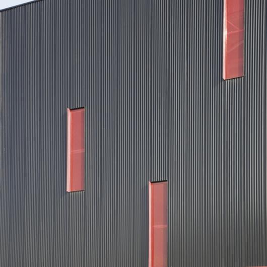 Sistemas de fachada Sandwich Wall / Hunter Douglas
