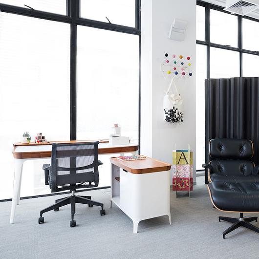 Airia Desk & Media Cabinet Sistema de Mobiliario