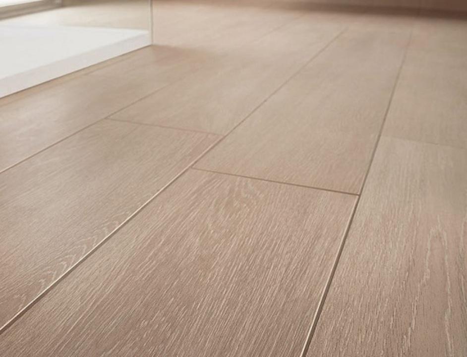 Colocacion suelo porcelanico imitacion madera elegant for Suelos de gres porcelanico precios