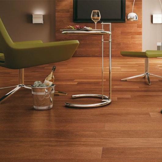 Pisos de madera Indusparquet / MK