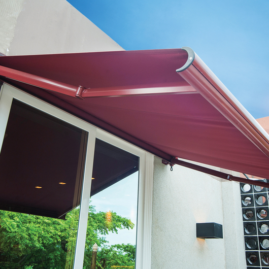 Toldo pergolato para terrazas de gabin for Brazos para toldos amazon