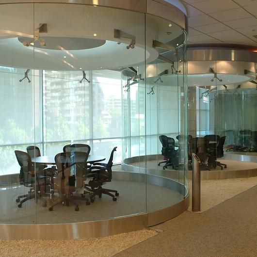 Diseño exclusivo en cristal para Interiores / Glasstech