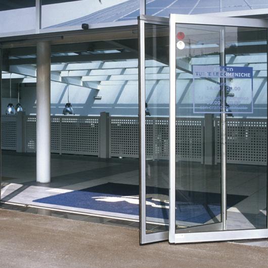 Puertas Correderas / Glasstech