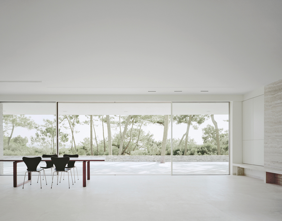 Gallery of Insulated Sliding Doors - Sky-Frame Classic - 15