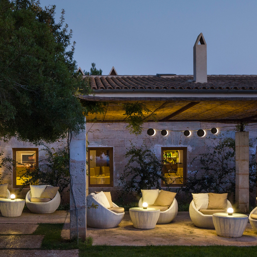 Outdoor Lights - June / Vibia