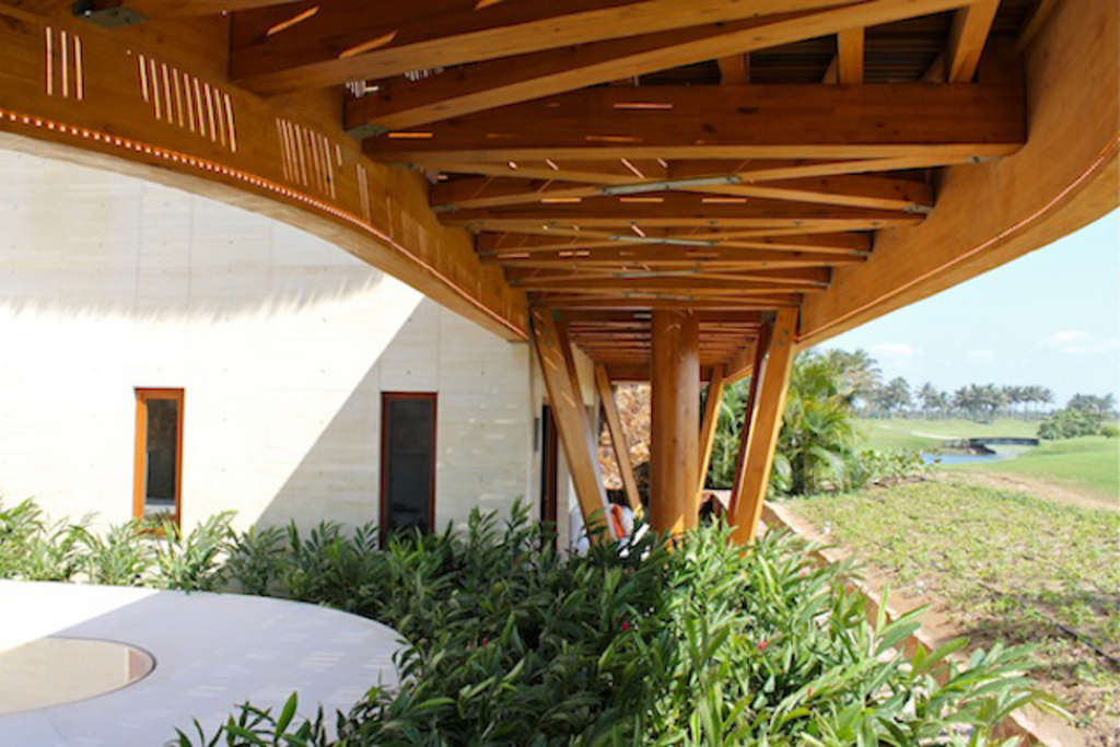 Estructura: Vigas de Madera Accoya®