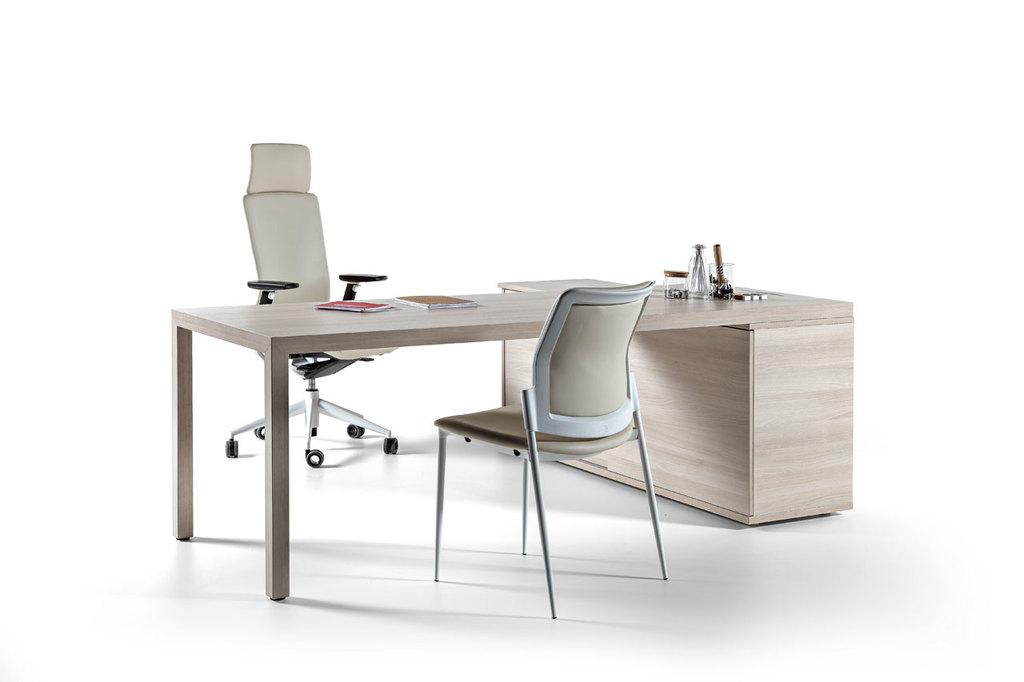 Mesas y escritorios muebles para oficinas de actiu for 5 muebles de oficina