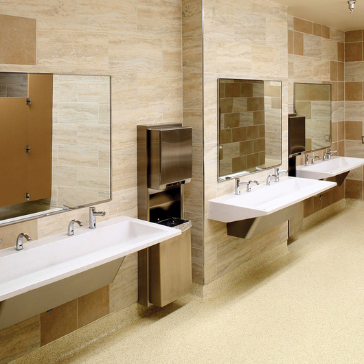 Case Study: Restrooms at Indian Wells Tennis Garden / Bradley Corporation  USA