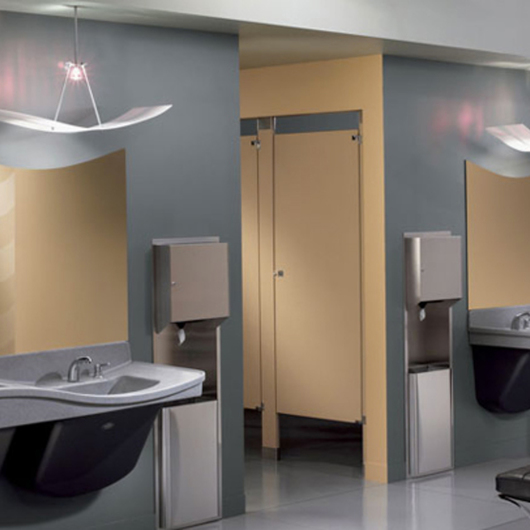 Case Study: Restrooms at O'Hare International Airport / Bradley Corporation  USA