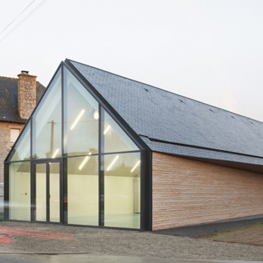 Natural Slate - 8 Advantages of Pitched Roofs / Cupa Pizarras