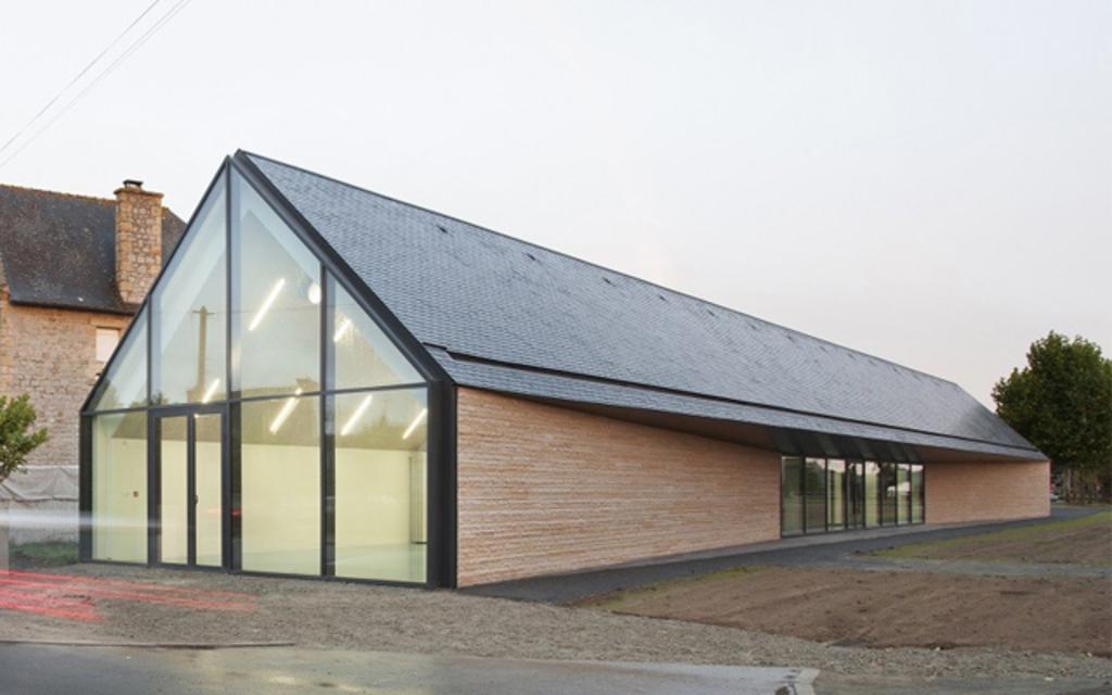 Natural Slate 8 Advantages Of Pitched Roofs From Cupa