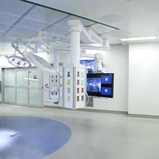 Aplicación de Superficies Sólidas en Entornos Sanitarios y Hospitalarios / Corian® Design