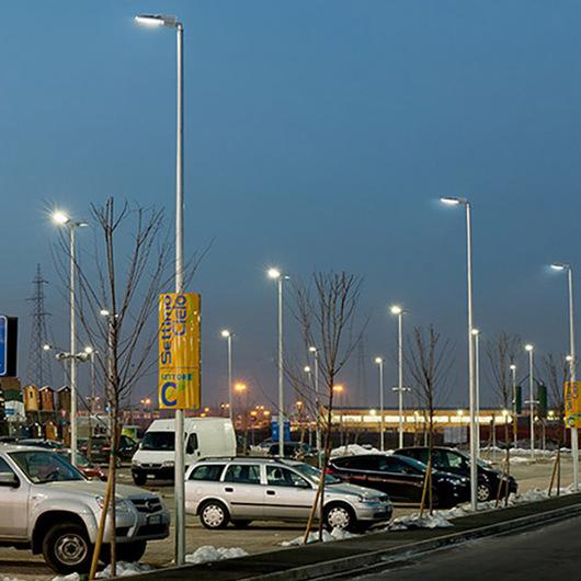 Luminaria Urbana Avento