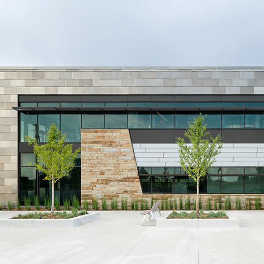 Fiber Cement  Panels in Neptune Office Building / Swisspearl