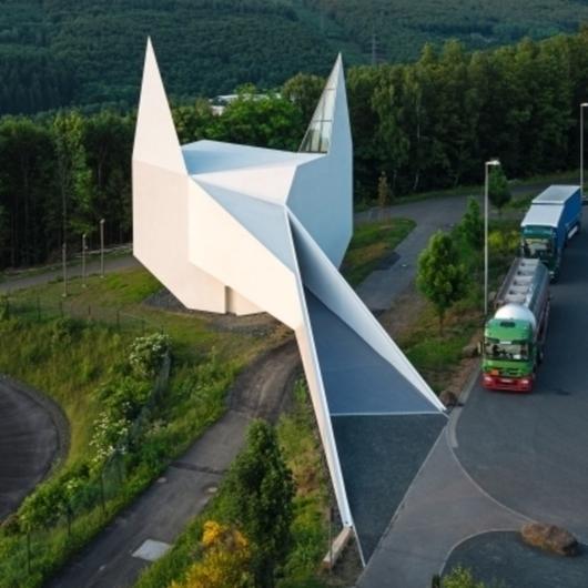 EGGER OSB in Highway Church / EGGER