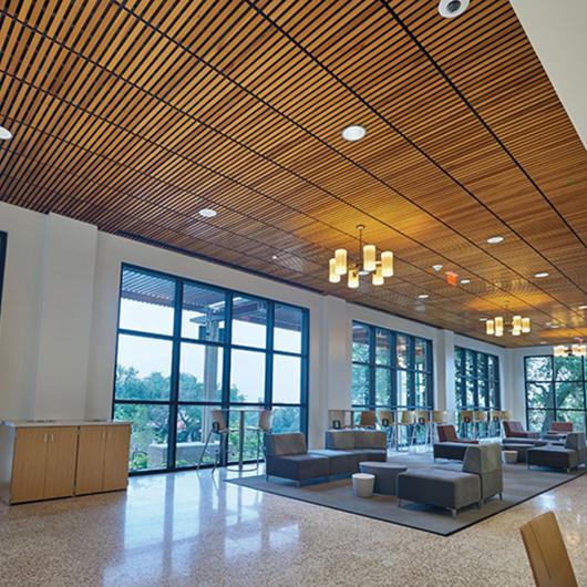 WoodWorks® Linear Sistema de Plafón / Armstrong Ceilings