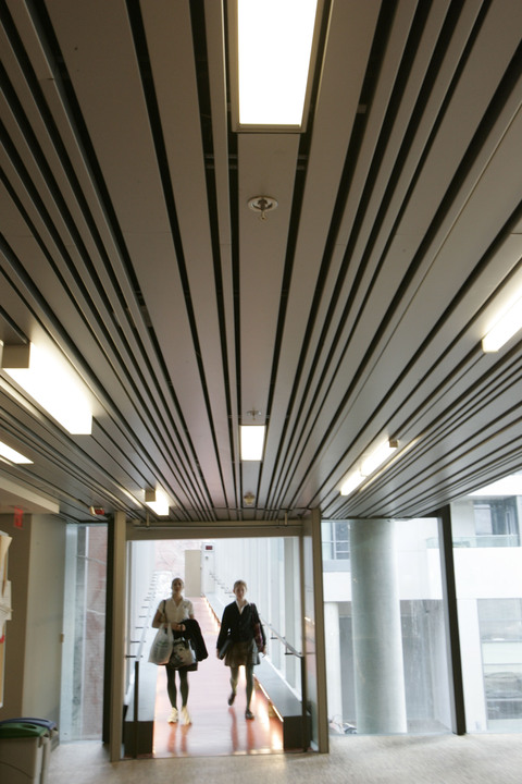 Architectural Metal Panels Ceiling : Metal ceilings multi box series ceiling system from