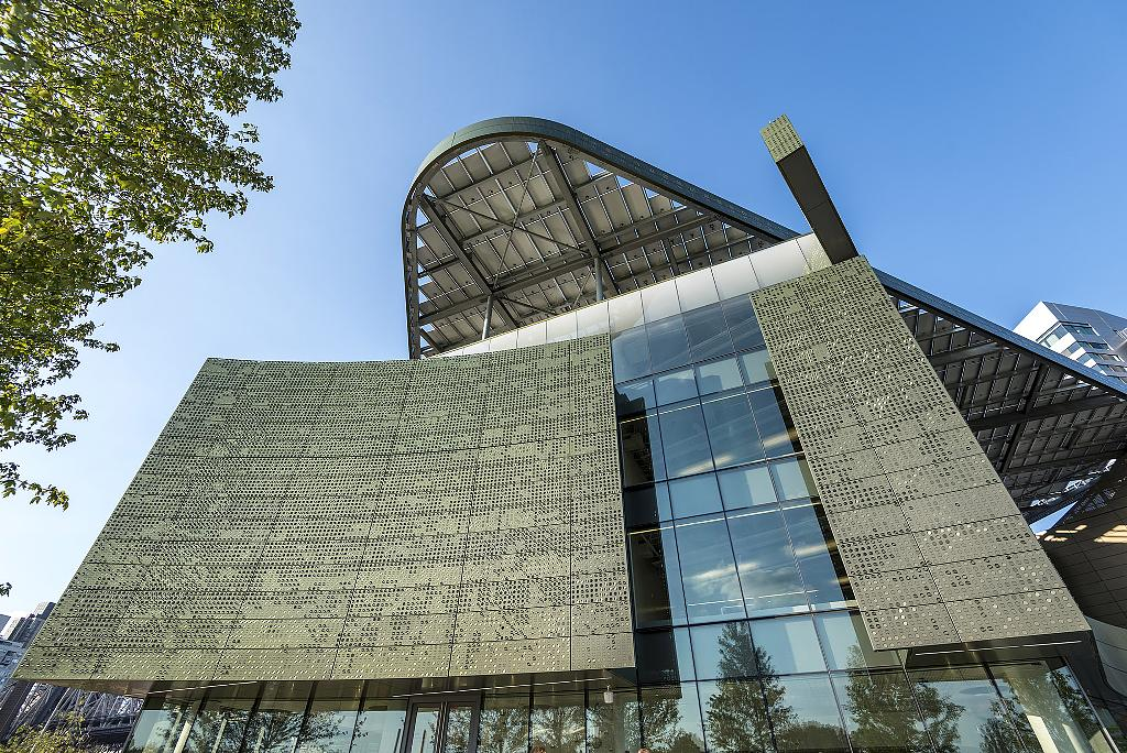 Curtain Wall Facade Systems from Island Exterior Fabricators