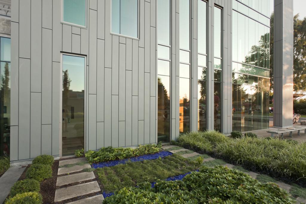 Facade Panels - Interlocking