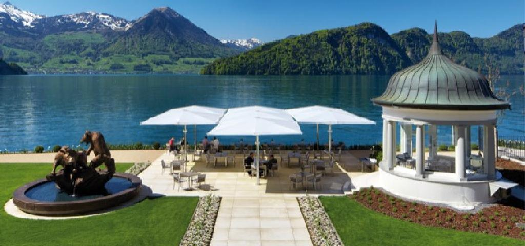 Textile Architecture in Park hotel Vitznau