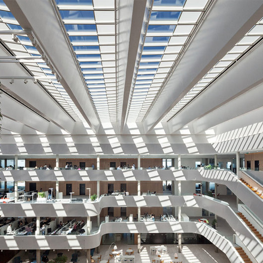 Atrium Longlight in DSV Office Building / VELUX Commercial