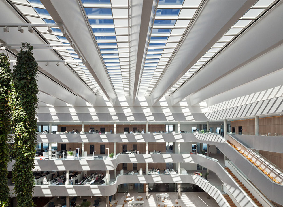 Atrium Longlight, DSV (Office Building)