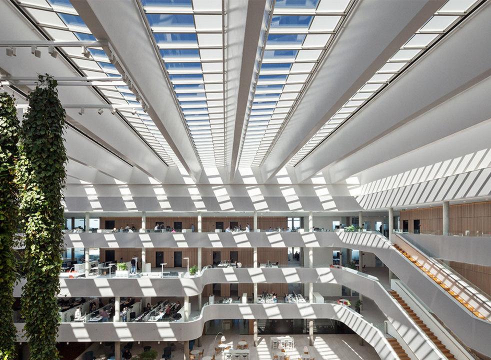 Atrium Longlight in DSV Office Building