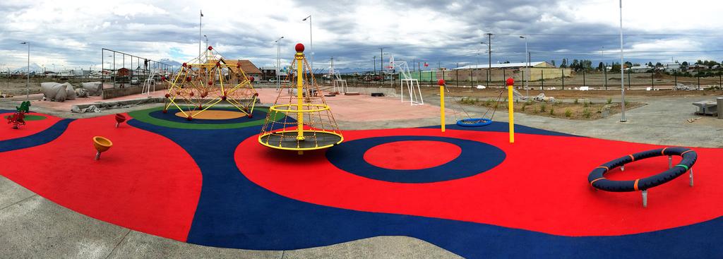 Juegos Infantiles en Parque Río Negro
